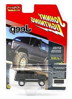Johnny Lightning *BLACK* JEEP CHEROKEE 4x4 *2018 mc2-toys EX