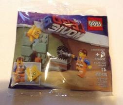 BRAND NEW The Lego Movie 2 Star-Struck Emmet 30620 41 pieces