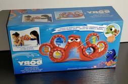 Disney Finding Dory Surprise Squirt Hank Bath Playset