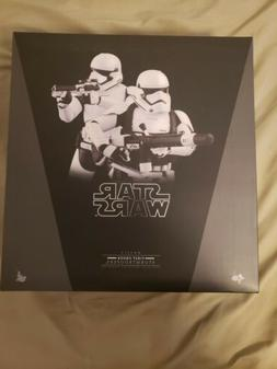 Hot Toys First-Order Storm Trooper 2 pack with custom First