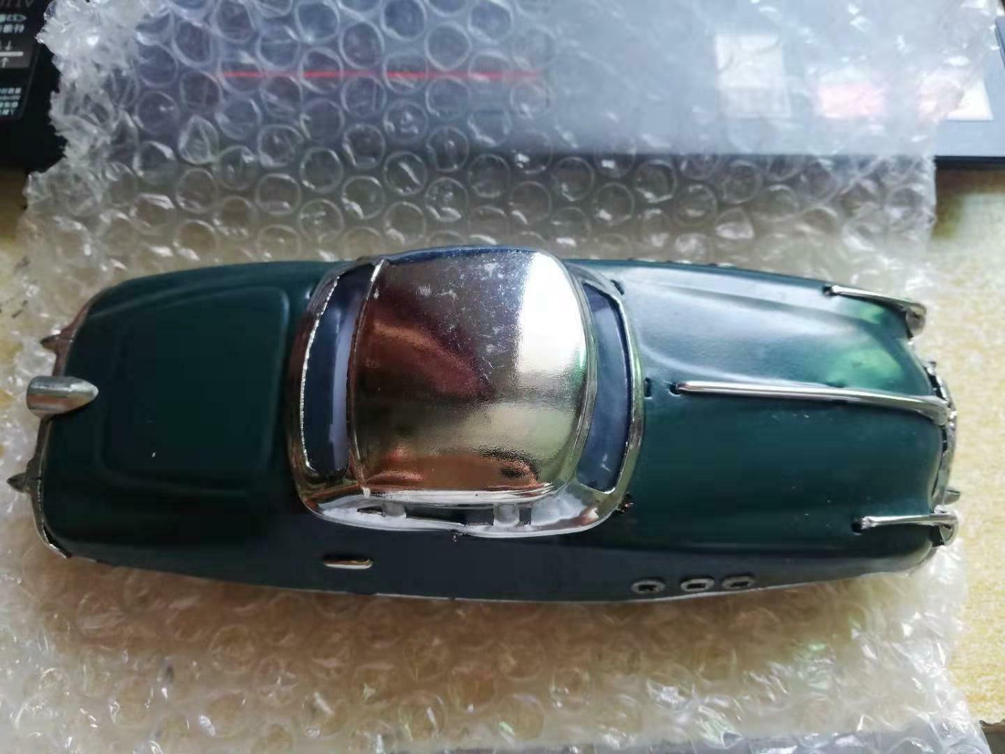 New Car Wind-up Adult Decoration