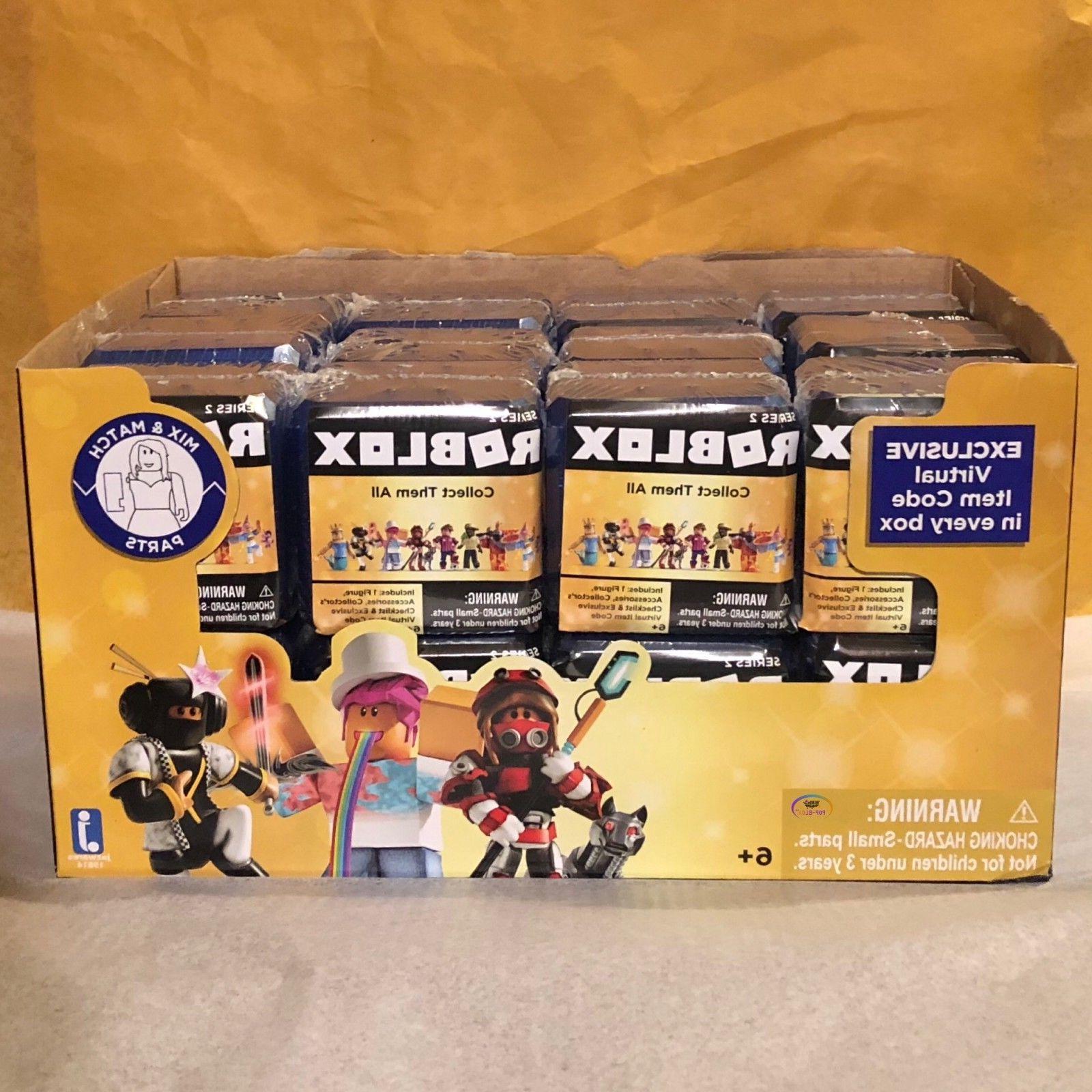 Roblox Rockstar Celebrity Gold Series 1 Mystery 3 Toys - Roblox Insanelyluke Celebrity Gold Series 2 Mystery 3