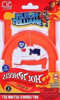 World's Smallest Hot Wheels - Hot Curves Action Set - Includ