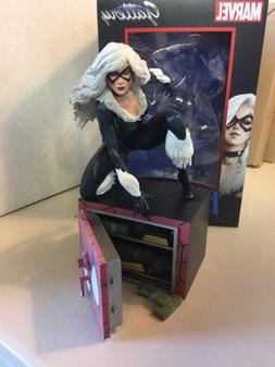 Diamond Select Toys Marvel Gallery Black Cat PVC Figure