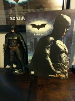 "Hot Toys MMS71 ""The Dark Knight"" Batman Collectible Figure"