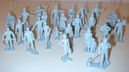 """Marx Toys PL-17GR """"Civilian Figures with Motorcycle """" 1:48 P"""