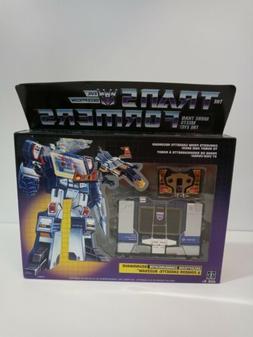 Transformers G1 Walmart Exclusive Decepticon Soundwave with