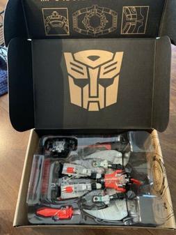 Transformers - Generations Select Deluxe - Dinobot Red Swoop